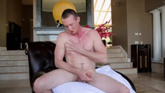 Leo Winston shows off his wonderful body and makes himself cum hard