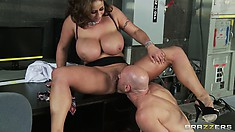 Hot brunette MILF with huge knockers calls for a chance of showers in her twat
