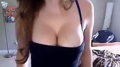 Teen With Nice Boobs Nude At Webcam Teen Site