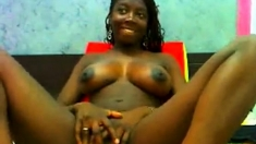 Amazing Black Teen show all on Webcam
