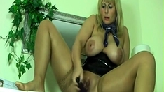 German Milf Dirty Talk Masturbation And Squirt 2