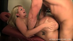 Super hot blonde bitch Laela Pryce feels desperate for hard fuck