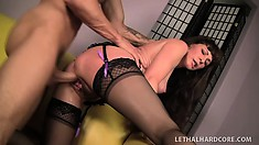 Lusty psychiatrist in sexy lingerie enjoys banging her patient